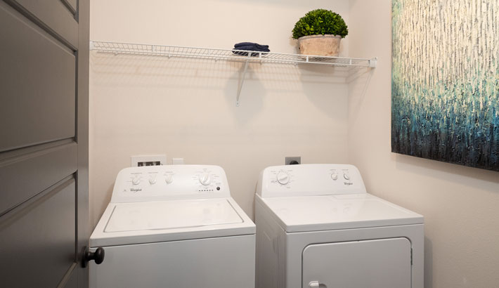 Full-Size Washer & Dryers